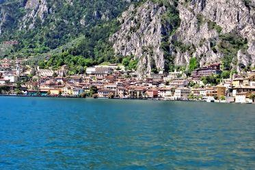 Blick auf Limone - Gardasee