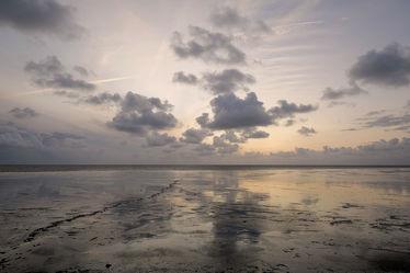 Bild mit Himmel, Wolken, Sonnenuntergang, Urlaub, Deutschland, Nordsee, Reisen, Strand / Meer, Wattenmeer, Ausspannen, Watt, Blaue_Stunde, Spuren, Schlick