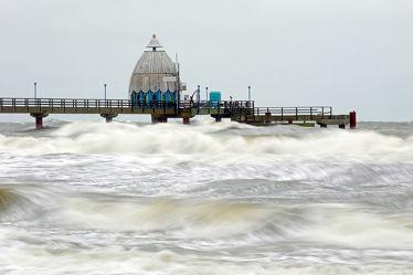Bild mit Ostsee,Meer,Steg,Sturmflut