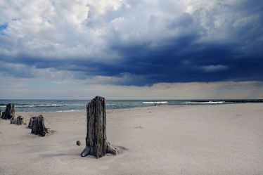 Bild mit Wolken, Strand, Ostsee, Küste, Strand / Meer, dunkel, Ausspannen
