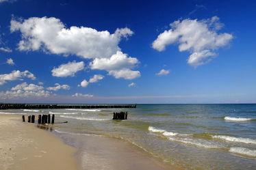 Bild mit Wasser, Himmel, Wolken, Wellen, Urlaub, Blau, Sonne, Strand, Ostsee, Küste, Reisen, Strand / Meer, Abend, Ausspannen, Abendsonne, Buhnen, Gischt, Azur