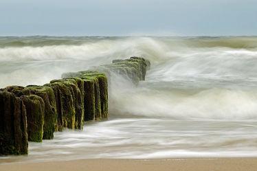 Bild mit Wasser, Himmel, Wellen, Strand, Meer, sturm, Kraft, Küstenschutz, Meeresbrausen, Macht