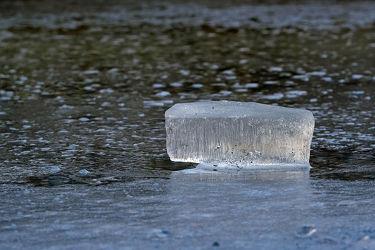 Bild mit Wasser, Winter, Gewässer, Kälte, Frost, Sonnenlicht, Ausspannen, Eisblock, Frostig, Eisschicht