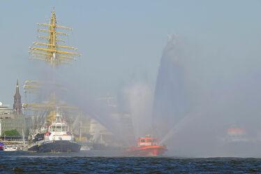 Bild mit Hamburger_Hafen, HH, Hansestadt_Hamburg, Feuerlöschboot