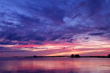 Bild mit Wasser, Himmel, Wolken, Gewässer, Seen, Sonnenuntergang, Sonnenaufgang, Meer, See, Sonnenuntergänge