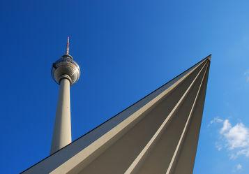 Bild mit Wahrzeichen, Berlin, Fernsehturm, Berliner Fernsehturm