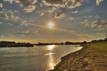 Rheinufer