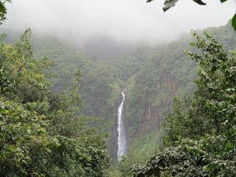 Bild mit Natur, Wasser, Landschaften, Gewässer, Wälder, Wald, Landschaft, Wasserfall
