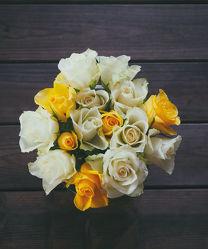 Bild mit Blumen, Rosen, Blume, Rose, Blumenstrauß, Hochzeitsblume, Rosenblätter, Hochzeit, Hochzeitsbilder