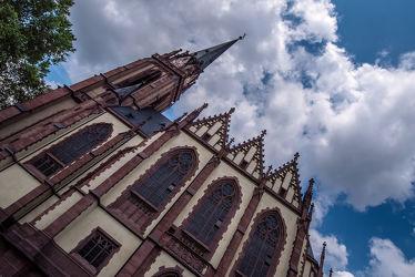 Bild mit Himmel, Wolken, Gebäude, Licht, Kirche, Frankfurt am Main, monument, bauwerk, Historisch, sandstein, Schatten, glaube, Sakralbau, Dreikönigskirche