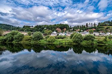 Bild mit Wasser, Himmel, Wolken, Wellen, Blau, Sommer, Landschaft, Erholung, Fluss, Ufer, Fliesen, Mosel, Strömung, Eifel, Trier