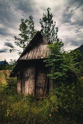 Bild mit Landschaften, Alpen, Alpenland, Wolkenhimmel, Historische Gebäude, Menschen & Umwelt, scheune