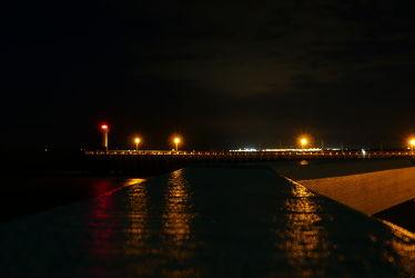 Bild mit Meer, Nachtaufnahmen, Nordseeküste, Leuchtturm, Mole, Belgien