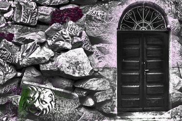Bild mit Felsen, Steine, gestapelte Steine, Felsenlabrinth, tür