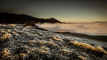 Bild mit Natur, Wiese, Landschaftspanorama, gefroren, Nebelmeer