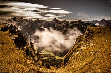 Bild mit Berge und Hügel, Alpen Panorama, Nebelauflösung
