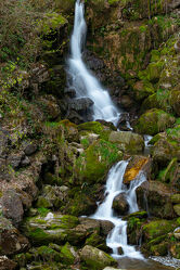 Bild mit Wasser, Gewässer, Wasserfälle, Wasserfall, Gewässer im Wald, in den Bergen, water, Watersplash