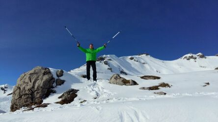 Bild mit Berge, Schnee, Berge und Almen, erster Schnee, Schnee in den Bergen, Wanderer