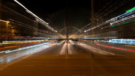 Bild mit Strasse, Licht, Digitales Farbenspiel, Nacht, Verkehr, Unschärfe, Nachtaufnahme, verwischt, Beleuchtung