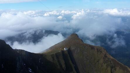 Bild mit Berge, Wolken, Pilatus, Kleine Kirche