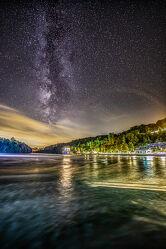 Bild mit Wasser, Nachtaufnahmen, Milchstraße, Sternenhimmel, Rheinfall