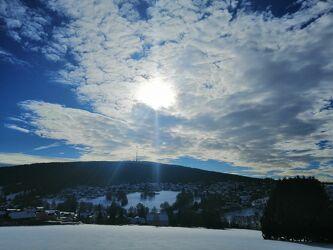 Bild mit Landschaften, Blauer Himmel