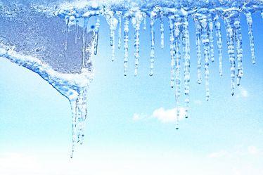 Bild mit Farben, Natur, Elemente, Wasser, Himmel, Jahreszeiten, Winter, Eis, Blau, Eiszapfen