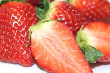 Bild mit Früchte,Lebensmittel,Essen,Rot,Beeren,Frucht,Erdbeere,Erdbeeren,leckere Erdbeeren,Strawberry