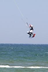 Bild mit Gegenstände,Natur,Landschaften,Gewässer,Brandung,Wellen,Aktivitäten,Sport,Wassersport,Surfen,Windsurfen,Kitesurfen,Wasserskifahren und Wakeboarden,Sportausrüstungen