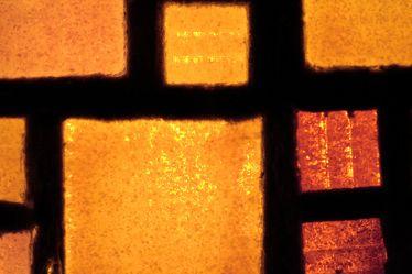 Bild mit Farben,Orange,Gelb,Architektur,Bauwerke,Gebäudeteile,Fenster,Schmuck,Bernsteine